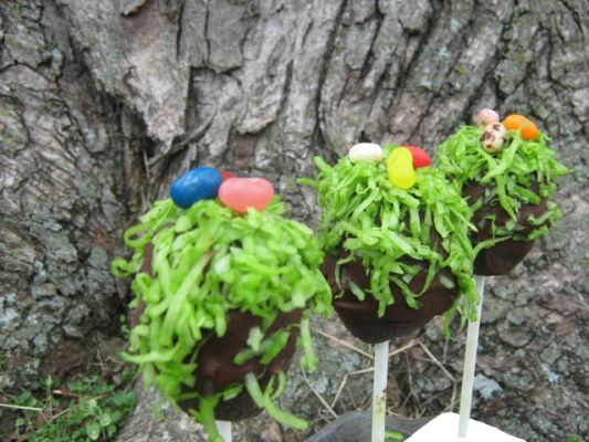 The Freedom Chef's Gluten Free Vegan Easter Cake Pops