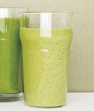 Kale and Pineaplle Smoothie