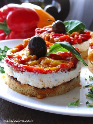 No bake goat's cheese and roasted peppers cheesecake