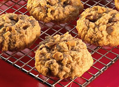 Peanut Butter and Milk Chocolate Chip Oatmeal Cookies