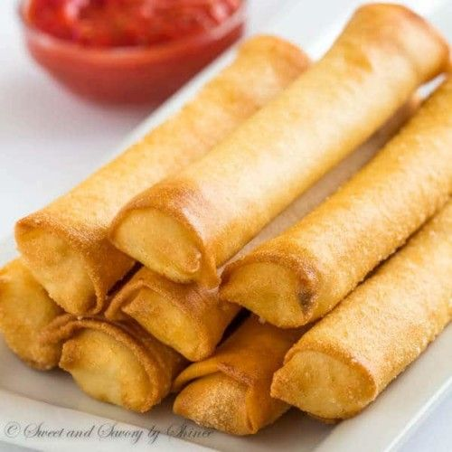 Egg Roll Mozzarella Sticks/Side Dish