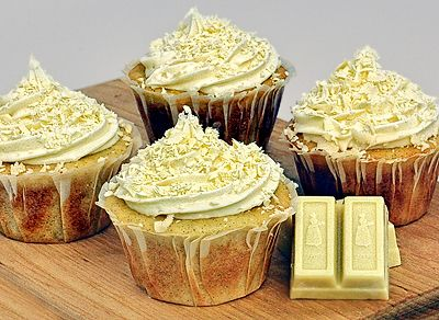 White Chocolate Cupcakes with Vanilla Frosting