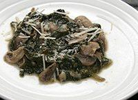 Spinach With Mushrooms and Garlic