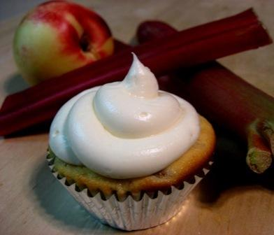 White Nectarine and Rhubarb Cupcakes with Cream Cheese Frosting