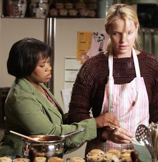 Izzie's Pumpkin Cheese-Filled Pecan Muffins: Grey's Anatomy