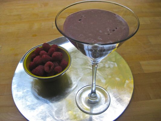 Raw Vegan Brazil Nut Berry Blast Smoothie