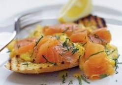 JAMIES OLIVER'S SMOKED SALMON AND SCRAMBLED EGGS