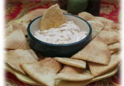 Cinnamon Chips and Dip