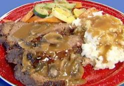 Collucci Bros. Meatloaf with Brown Gravy