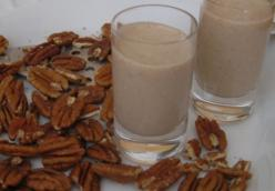 Vegan Maple Pecan Pie Smoothie