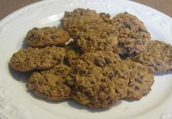 Pumped Up Chocolate Whey Crisp Oatmeal Cookies