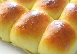 Quick Dinner Rolls  submitted by Gwen Bennett , Owensboro, KY