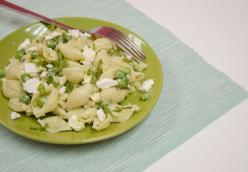 Pasta Salad with Kefir, Peas & Cheese
