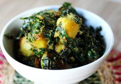 Saag Aloo (with Kale)