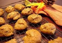 Pumpkin Raisin Drop Cookies